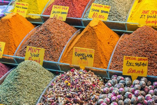 Different teas and spices at the Spice market in Istanbul