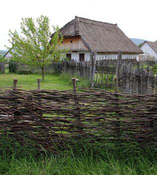 wicker fence_2