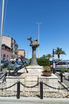 monument to the sailors in porto santo stefano