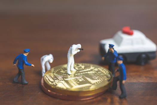 Miniature people : Police And Detective standing in front of Cry