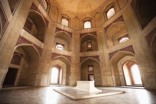 Main tomb chamber, Humayun's tomb, New Delhi, India