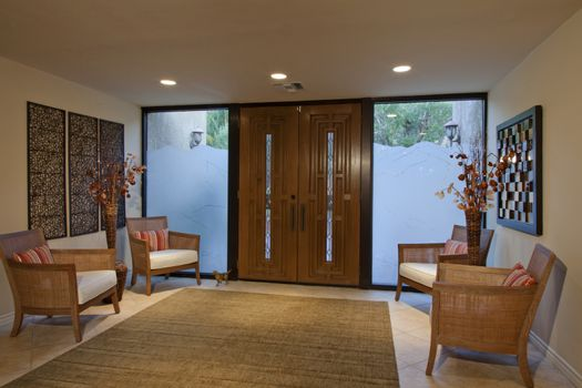 Large entry to luxurious house