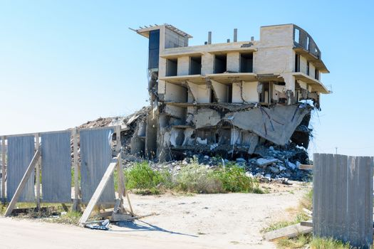 Demolition of an illegally built hotel complex