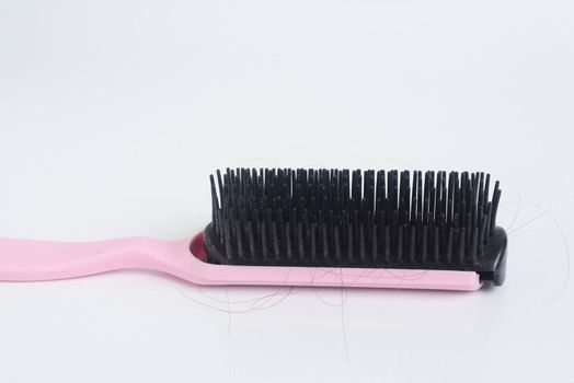 Comb causes hair loss increase breakage