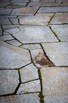paving with sawn granite stones