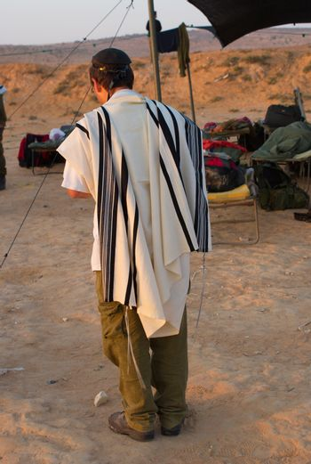 Pray in a israel army, soldiers, judaism