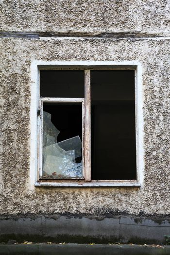 Building With Shattered Windows