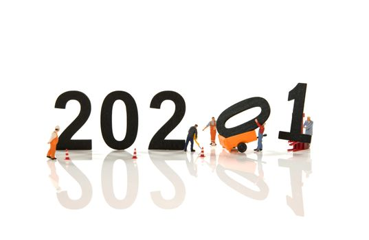 little people working at the new 2020 and remove the 2019 letters