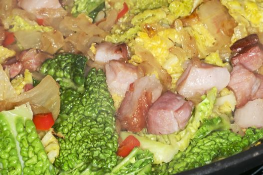 Hotpot with green kale and bacon