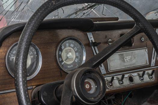 steering wheel of old car detail view