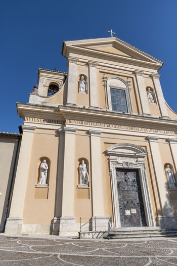 San Valentino church and its architectural details