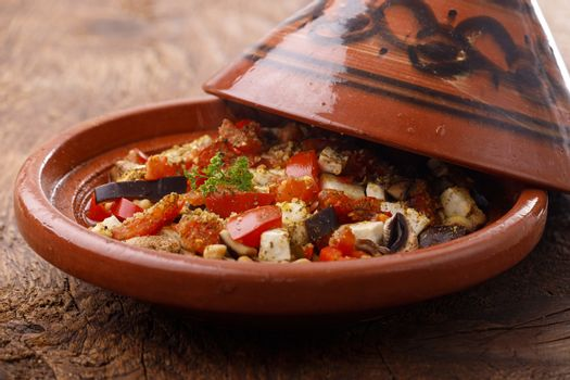 chicken meat in a tajine