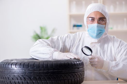 Expert is looking at car accident evidence