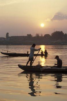 CAMBODIA KAMPONG CHAM MEKONG RIVER