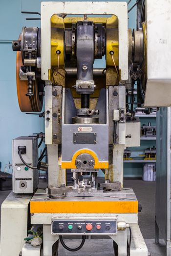 Single Crank Mechanical Punch Press Machine, Eccentric Press with Flywheel, opened mechanism, close-up view