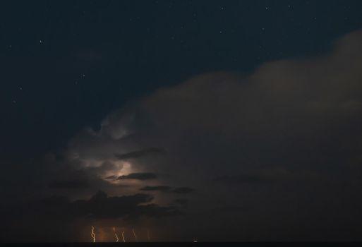 Lightning storm om Mediterranean Sea