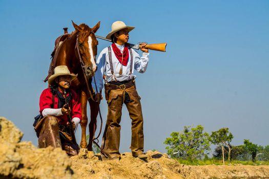 Cowboy Life: Cowboy Caravan with lover horses