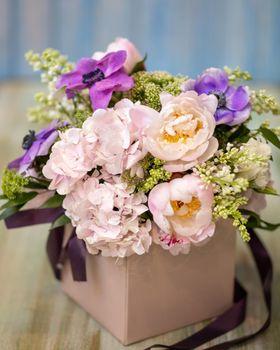 Colorful tulpan flower bouquet close up