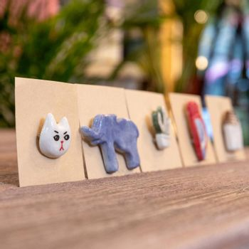 Small tags, animal toys on the table