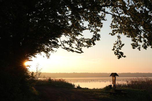 Sunrise over th lake