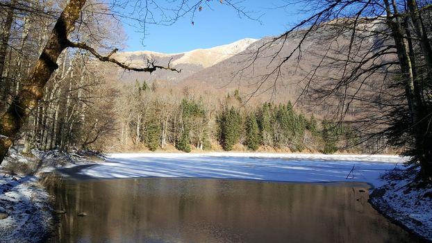 lake with snow in Biogradska Gora