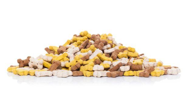 mound of pet food