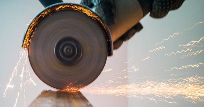 Sawing metal sparks