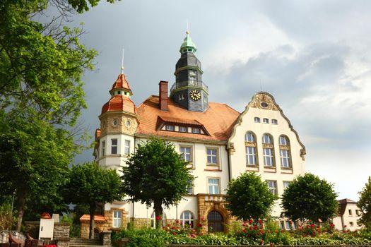 Town hall in Grossroehrsdorf