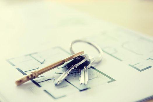 Keys and Floor Plans