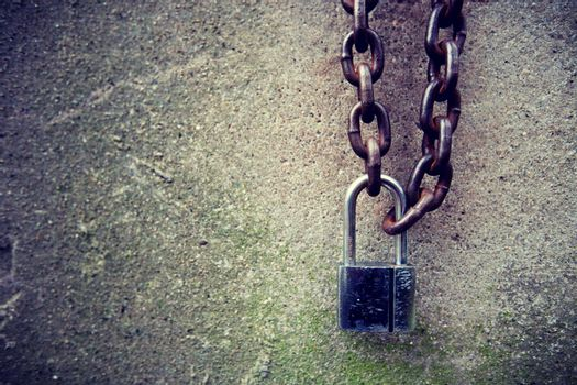 Vintage lock and chain