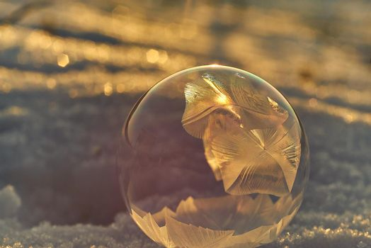 Bubble Freezing on a Cold Winter Day
