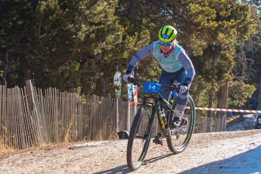 Naturlandia, Andorra : 2021 March 20 : Elizabeth Sveum NOR in the 2021 World Triathlon Winter Championships Andorra