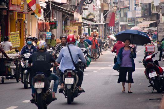 2019-11-12 / Ho Chi Minh City, Vietnam - Urban scene in a city street.