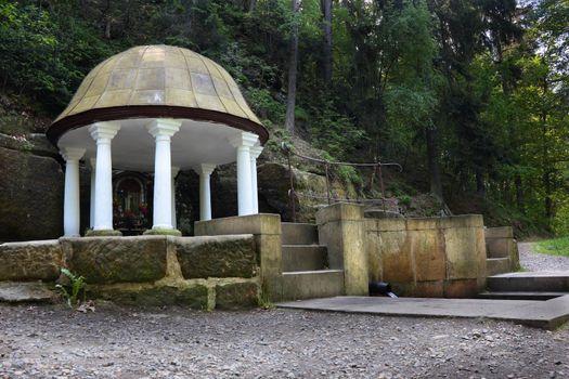 Water source pavilion near Lemberk castle
