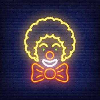 Smiling clown neon icon