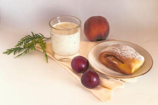 Healthy Breakfast: yoghurt, delicious scones and plums