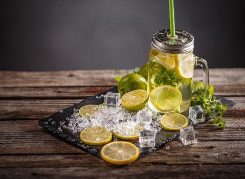 Refreshing summer lemonade