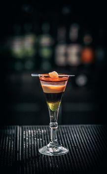 Refreshing layered cocktail