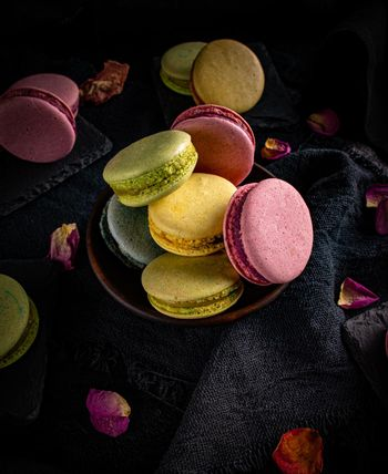 Classic coclorful French macarons
