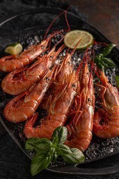 Fresh king prawns