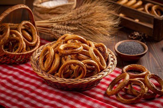 Round pretzels