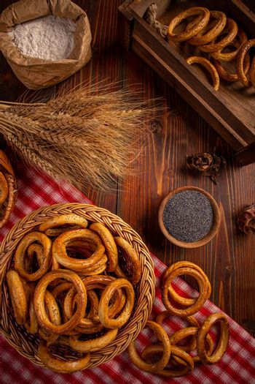 Thin dry pretzels