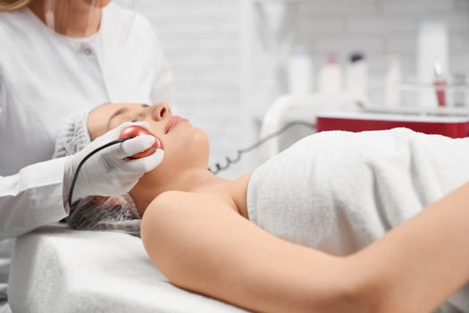 Procedure anti-aging and improvements skin with cosmetics.