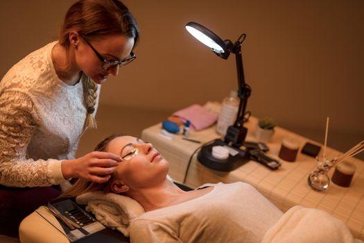 Procedure Eyelashes Extension