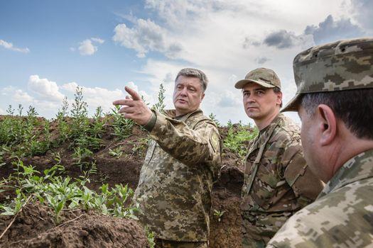 Poroshenko's visit to the frontline regions of Ukraine