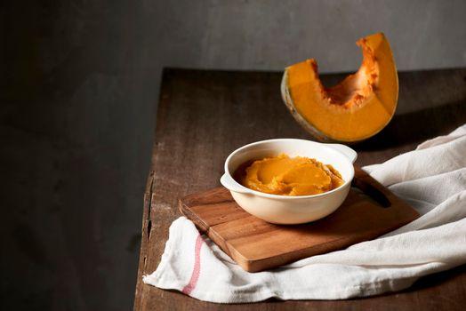 Organic orange pumpkin puree ingredient for baking