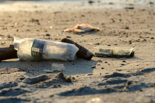 Plastic container, bottle is contamination to beach