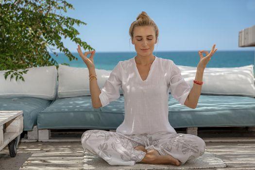 Making Yoga Outdoors